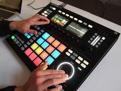 Maschine Studio hardware. Full hands-on tour.