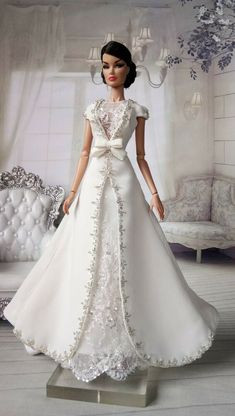 Amon Design Gown Outfit Dress for Fashion Royalty, FR, Barbie, Doll Barbie Bridal, Barbie Wedding Dress, Barbie Gowns, Barbie Dress, Wedding Dresses, Barbie Doll, Barbie Style, Barbie Clothes Patterns, Doll Clothes