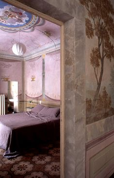 Pink room -- mixing modern and classic 18th century interior design: http://www.redesignrevolution.com/mixing-modern-and-classic-18th-century-interiors-casa-orlandi-guesthouse/
