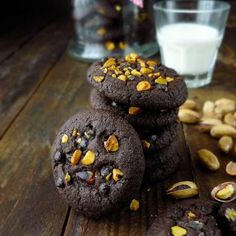 Double chocolate pistachio cookies will absolutely be a new fave of your family. Double it to entertain your big family this week.