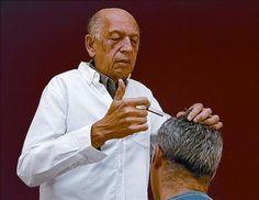 Julio César Payán: «'Brujo', al final, resultó un apodo bonito, gustador». Médico. Dejó la ginecología y abrazó la terapia neural. De su Colombia natal vino a Sitges al congreso del ramo.