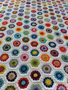 Ravelry: Project Gallery for Hexagon How-To pattern by Lucy of Attic24