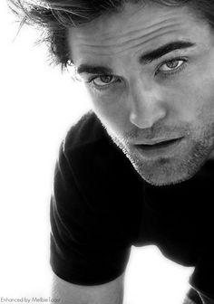 Robert Pattinson.. Hello gorgeous.