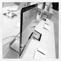 Modern Workspace  :: Thinner iMac -  Apple Store