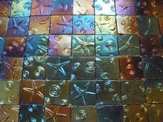 My talented aunt, Trace Galbraith - Glass Tiles. Great for a border in a kitchen or bath. Pearl Ex, Kiln Formed Glass, Arts And Crafts, Paper Crafts, Diy Projects To Try, Fused Glass, Glass Tiles, Texture, Crafty