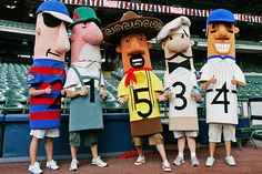 racing sausages (bratwurst, polish, italian, hot dog, chorizo), milwaukee brewers.