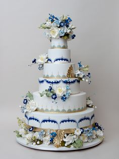 Sapphire, blue, gold and green wedding cake - Ron Ben-Israel Cakes - Reverie Gallery Wedding Blog