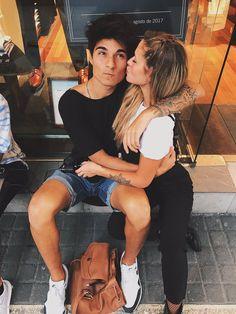 ㅐㅂㅅ D ㅂ Я Cute Relationship Pics, Cute Relationships, Tumblr Couples, Me And Bae, Interracial Love, Boyfriend Goals, A Team, Couple Goals, Photo S