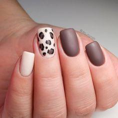 Matte leopard print nails design #squarenails #nailart #nailsdesign #shortnails Uv Gel Nails, Diy Nails, Leopard Print Nails, Short Nails Art, Polka Dot Nails, Curly Hair Care, Easy Nail Art, Beautiful Nail Art, Lip Makeup