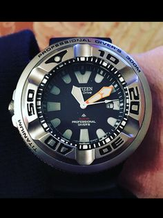 Citizen Citizen Eco-Drive  PROFESSIONAL DIVER BJ8050-08E Dive
