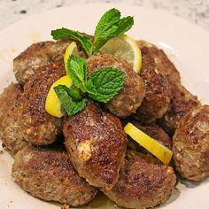 Spieße mit Lammhackfleisch & Schafskäse, ein gutes Rezept aus der Kategorie Lamm & Ziege. Bewertungen: 21. Durchschnitt: Ø 4,3.