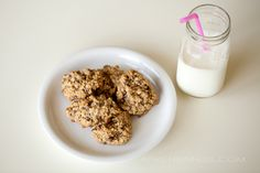 vegan & allergy friendly (peanut free, tree-nut free, dairy free, egg free) oatmeal chocolate chip cookies by April Nienhuis