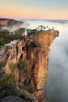 "Blue mountains, australia ~ miks' pics ""nature scenes lll"" board @ http Melbourne, Sydney, Places Around The World, Travel Around The World, Around The Worlds, Places To Travel, Places To See, Photos Voyages, Tasmania"