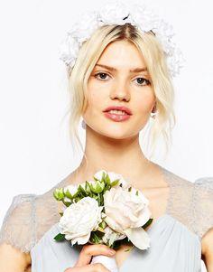 ASOS | ASOS Wedding - Couronne de fleurs souple à nouer chez ASOS