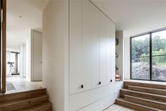 http://www.homeadore.com/2012/12/10/fingal-residence-jam-architecture/