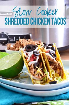achieve restaurant quality tacos at home -->> slow cooker shredded chicken tacos -perfect for dinner one night, and keep shredded leftovers in the freezer for the next time Crock Pot Slow Cooker, Crock Pot Cooking, Slow Cooker Recipes, Crockpot Recipes, Chicken Recipes, Cooking Recipes, Yummy Recipes, Yummy Food, Slow Cooker Shredded Chicken