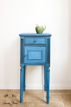 Greek Blue - Chalk Paint ® by Annie Sloan No stripping, no priming, no sanding, no scent. #chalkpaint #repurpose #DIY #paint