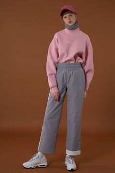 outfits for women casual Look Fashion, Korean Fashion, Runway Fashion, Womens Fashion, Fashion Design, Cool Outfits, Gym Outfits, Fitness Outfits, Looks Style