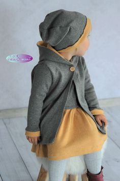 Baby Knitting Patterns Sweter Hello my dears. I was once again allowed the beautiful cuddly jacquard Ma . Baby Outfits, Cute Outfits For Kids, Cute Kids, Baby Knitting Patterns, Vêtements Goth Pastel, Vêtement Harris Tweed, Knitted Baby Clothes, Toddler Girl Style, Kid Styles