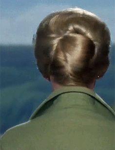 wardrobemalfunctioned: Tippi Hedren  The Birds (1963) dir. Alfred Hitchcock