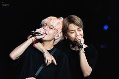 Find images and videos about bts, jimin and taehyung on We Heart It - the app to get lost in what you love. Seokjin, Namjoon, Foto Bts, Bts Photo, Jikook, Bts Jimin, Bts Bangtan Boy, V Taehyung, Jung Hoseok