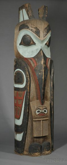 Northwest Coast Carved and Painted Wood Totem Pole Native American Images, Native American Indians, American Symbols, American Women, American History, Arte Inuit, Navajo Art, Totem Poles, Totem Pole Art