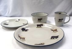 Design Impressions Home Decor - 16pc Moose, Elk and Bear Dinnerware Set, (http://www.designimpressionshomedecor.com/products/16pc-moose-elk-and-bear-dinnerware-set.html)