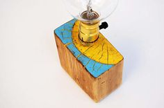 Sunshine_Unique handcrafted table lamp from reclaimed wooden