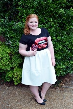 Led Zeppelin at the Nashville Symphony. Liz is wearing a Lane Bryant tee and Simply Be skirt. Plus size fashion, travel, and lifestyle blogger at www.withwonderandwhimsy.com. #nashville #nashvillesymphony #fashionblogger #plussizefashion #psootd #ootd #outfit