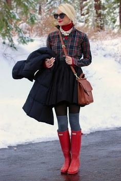 love this outfit.  plaid, jeans, boots, pearls, great leather bag and sunglasses!