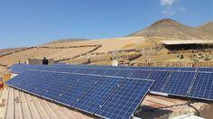 Instalación fotovoltaica para autoconsumo en una granja caprina de Fuerteventura instalada por empresa Cambio Energético.