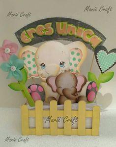 #gifs #mother #mariecraft Foam Crafts, Diy And Crafts, Paper Crafts, Biscuit, Baby Shawer, Cardboard Paper, Dinosaur Stuffed Animal, Elephant, Barbie