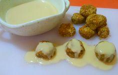 Falafel polpette arabe di ceci a forno con salsa Hummus per accompagnarle... un armonia di sapori e profumi di spezie che ti conquisteranno sicuramente