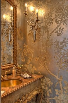 Inside a Classic New Orleans Estate with French Creole Style The main powder room is adorned with hand painted foil paper from Gracie & Company, antique furnishings, and a P. Chinoiserie Wallpaper, Dream Bathrooms, Beautiful Bathrooms, Country Bathrooms, Small Bathrooms, Country Kitchen, French Creole, Bathroom Design Luxury, French Country Decorating