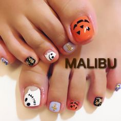 10 Impressive Nails Design For The Halloween Fanatic Nail Line Toe Nail Designs For Fall, Halloween Nail Designs, Nail Art Designs, Fall Toe Nails, Halloween Acrylic Nails, Toe Nail Color, Toe Nail Art, Pedicure Nails, Pedicures
