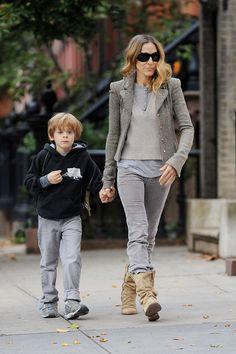 Sarah Jessica Parker Photos: Sarah Jessica Parker Drops Her Son at School