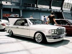 I don't really care for the W123 body style, but I do love the coupes. This one looks sweet.
