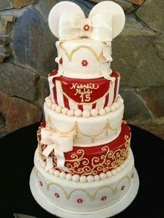Minnie Mouse 15 cake Red and Gold quinceanera cake