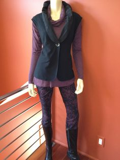 CAbi Twilight Jegging, Slouch Cowl Tee and the fabulous Dinner Vest.  At HartForFashion CAbi studio.