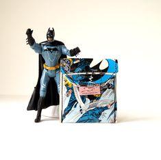 BATMAN Kartentäschchen Upcycling Unikat! PauwPauw Ec Karten, Kreditkartenetui, Universal Täschchen D.C. Comic Recycling handmade in Berlin von PauwPauw auf Etsy