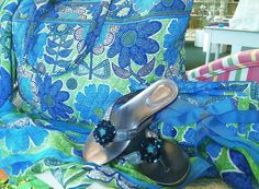 Your Lindsay Phillips shoes can even match your Vera bag!