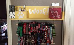 Custom Dog Leash Holder, Dog Leash Holder, Dog Collar Holder, Dog Leash Hanger, Personalized Dog Sign, Dog Treat Jar This custom dog leash holder is 25×7×5. The wood comes hand painted and can be customized in a dark or light wood stain or painted any color, and whatever font you may like!