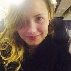 Demi Lovato Without Makeup In Brazil - http://oceanup.com/2014/04/21/demi-lovato-without-makeup-in-brazil/