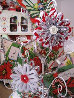 So cheery! I want to make these for my package! ~~~~~~~~Chenille Snowflake Ornaments original tutorial link within post