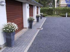 Small Gardens, Future House, Paint Colors, Beach House, Concrete, Home Improvement, Sidewalk, New Homes, Colours