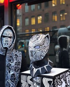 """515 mentions J'aime, 18 commentaires - Laolu (@laolunyc) sur Instagram : """"I've been inspired by @marvelstudios #BlackPanther .You can come see my latest creations Thursday…"""""""