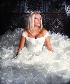 White Gypsy Wedding Dress for Big Fat Big Wedding Dresses, Wedding Dress Pictures, Gorgeous Wedding Dress, Colored Wedding Dresses, Designer Wedding Dresses, Bridal Dresses, My Big Fat Gypsy Wedding, Gipsy Wedding, Wedding Bride