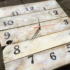 #handmade #clock #pallet #home #decorations #wood #gifts #woodpallets #prettythings
