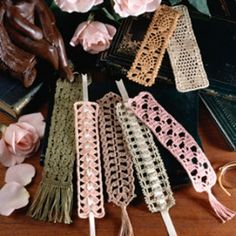 Crocheted Bookmarks By Cindy Peecher - Purchased Crochet Pattern - (leisurearts)