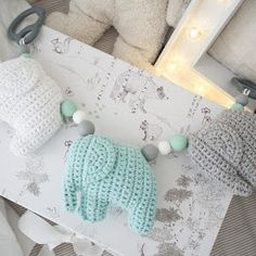 Knitting For Kids, Future Baby, Kids And Parenting, Baby Love, Dinosaur Stuffed Animal, Crochet Necklace, Toys, Blog, Aide